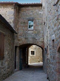 Arched entry to Villa San Pietro