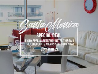 SANTA MONICA:  2 bed Walk to the Beach, Pier and Shopping!, Santa Mónica