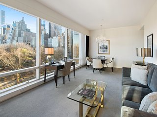 Luxury 2 Bedroom Condo With Intimate Central Park views, next to Columbus Cir.