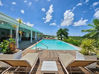 CALLISTO...a superb 3BR St Martin villa with sunset views!