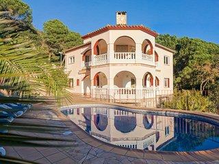 Appartement dans une grande villa moderne piscine, Lloret de Mar