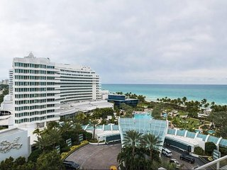 Fontainebleau Junior suite Sorrento Oceanview, Miami Beach