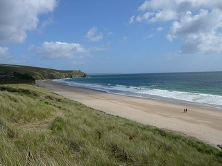 Family owned holiday cottage very close to beach, Praa Sands