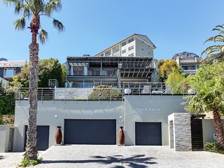 Sea and Rock Villa, Camps Bay
