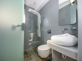 Superior apartment for 4, 50m from naxos beach