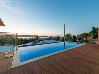 Viewpoint Holiday Home - Cannonvale, Airlie Beach