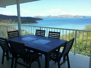 Passage Avenue - Shute Harbour, Airlie Beach