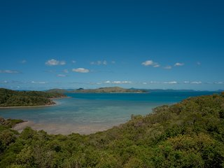 Passage Avenue - WHITSUNDAY SUITE - Shute Harbour