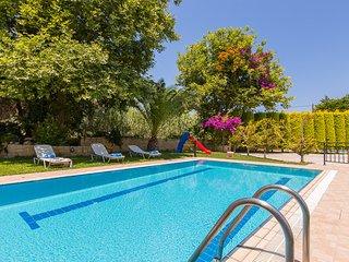Villa Chrisi III,close to the beach, Rethymnon