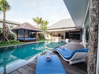 Lovely Luxurious Seminyak Villa with Private Pool