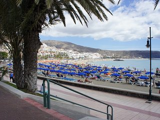 Tenerife Royal Gardens, Front Line Sea View