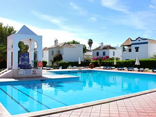 Arbe Yellow Villa, Cabanas de Tavira, Algarve
