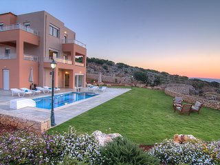 Villa Anemolia, unique views!, Réthymnon
