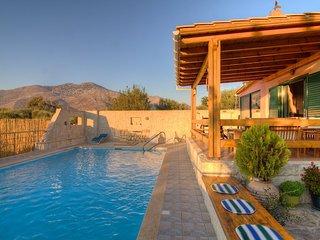 Villa Artemis, family getaway!