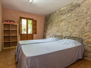 Alberg La Solana - B12 - Habitación Cuádruple - 2 Literas Extensibles (4 Adultos), Salas de Pallars