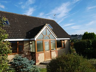 Cotswolds 4 bedroom detached house