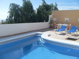 ISLA8308698| Beautiful Spacious 3 Bedroom Villa. Private Heated Pool. Sea Views, Callao Salvaje
