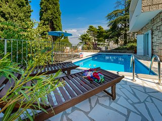 Unique 2-Bedroom Villa with a private pool, Cavtat