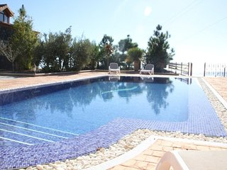 Las Moraditas, With Private pool and car included!