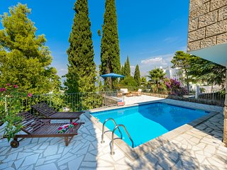 VILLA MARZHENKA WITH PRIVATE POOL