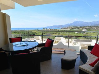 Modern Penthouse apartment with  sea view, Makrys-Gialos
