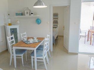 Apartments Dida moj