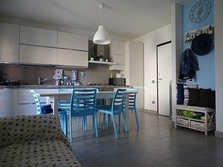 Casa Azzurra al piano terra con grande terrazzo, Civitanova Marche