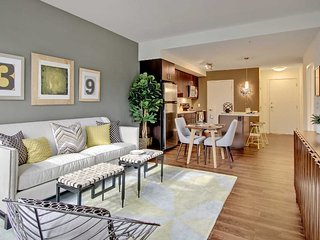 Bright and Modern Apartment With 1 Bedrooms And 1 Bathroom - Redmond