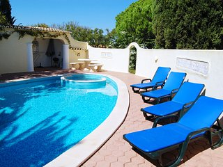 Vila Felicity, 2 Bed Villa With Pool, Porches