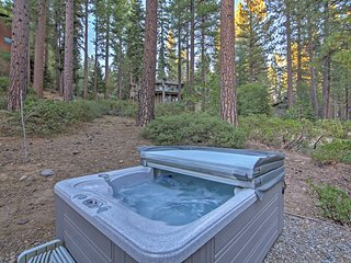 NEW! Roomy 3BR Tahoe Haven w/Hot Tub & Lake View, Incline Village