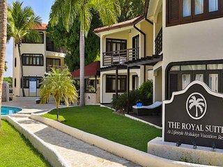 The Royal Luxurious VIP Suites 2 Bdrm
