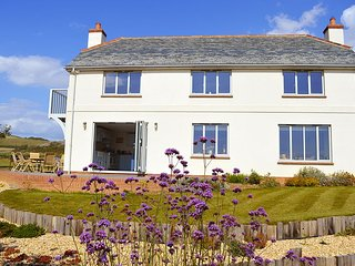 Flackstead - Stunning house with one of Europe's top coastal views, Brook