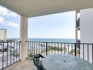 2bd/2ba w/ sleeper sofa~ FREE Activities~Perfect Luxury Summer Vacation