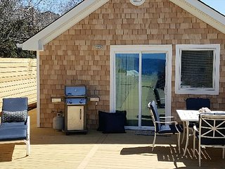 Brand new affordable beach cottage , located directly on the beach!, Wading River