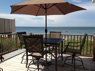 BEACH HOUSE 3BR comes with Kayaks paddle board fishing poles, Wading River