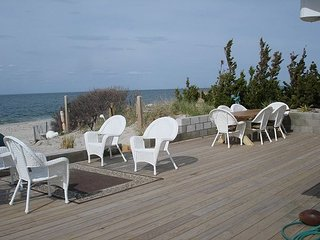 Luxury beach house most desirable close to Vineyards Rent A MONTH LOW PRICE!, Wading River