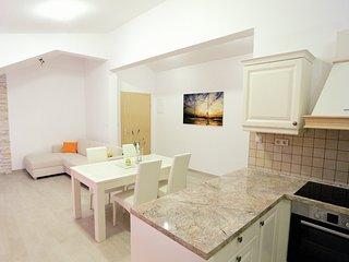 Apartment Bosiljka A 4 (2+2), Mimice