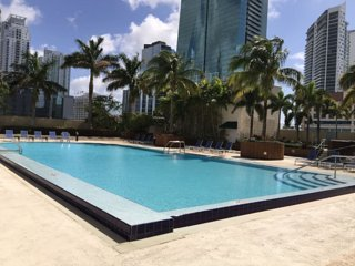 Luxury Apartment with Superb View in Brickell, Miami