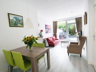 Holiday home Scheveningen Flat 1, Beach 800m