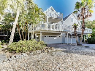Beautiful North Gulf Villa 3Bed 2Bath, Holmes Beach