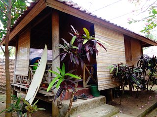 KoolBungalows / Batu Layar #3 TRAVEL&SURF