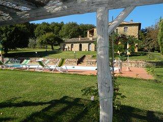 5 bedroom Villa in Casole d'Elsa, Tuscany, Italy : ref 5227110
