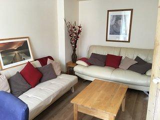 Northcote villas - 4 bed house with patio garden