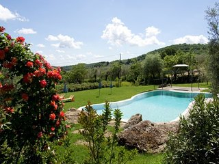 Independent villa with private pool, hot tub, WI-FI, A / C near Montepulciano!