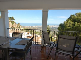 MODERN APARTMENT TRADITIONAL SETTING STUNNING VIEW, Mijas Pueblo