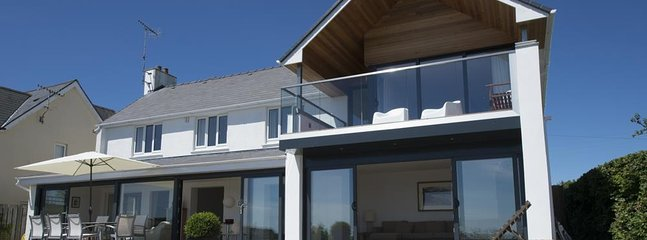 Fabulous residence of distinction overlooking Saundersfoot beach and harbour