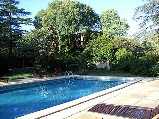 Matines, holiday cottage France, pool, sleeps 2-3, Tourbes