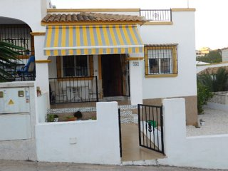 villa in La Marina Costa Blanca- shared pool- WIFI