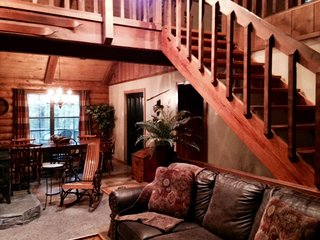 Beautiful Log Home in a Private Setting!