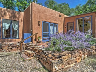 NEW! 2BR Santa Fe House w/Private Patio & Garden!